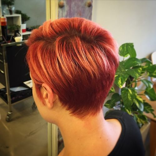 Short Red Hair with Copper Highlights