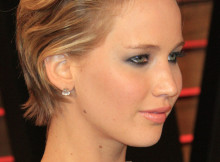 acconciatura corta all'indietro Jennifer Lawrence