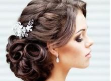 acconciature sposa capelli ricci
