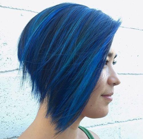 Colore blu notte per capelli
